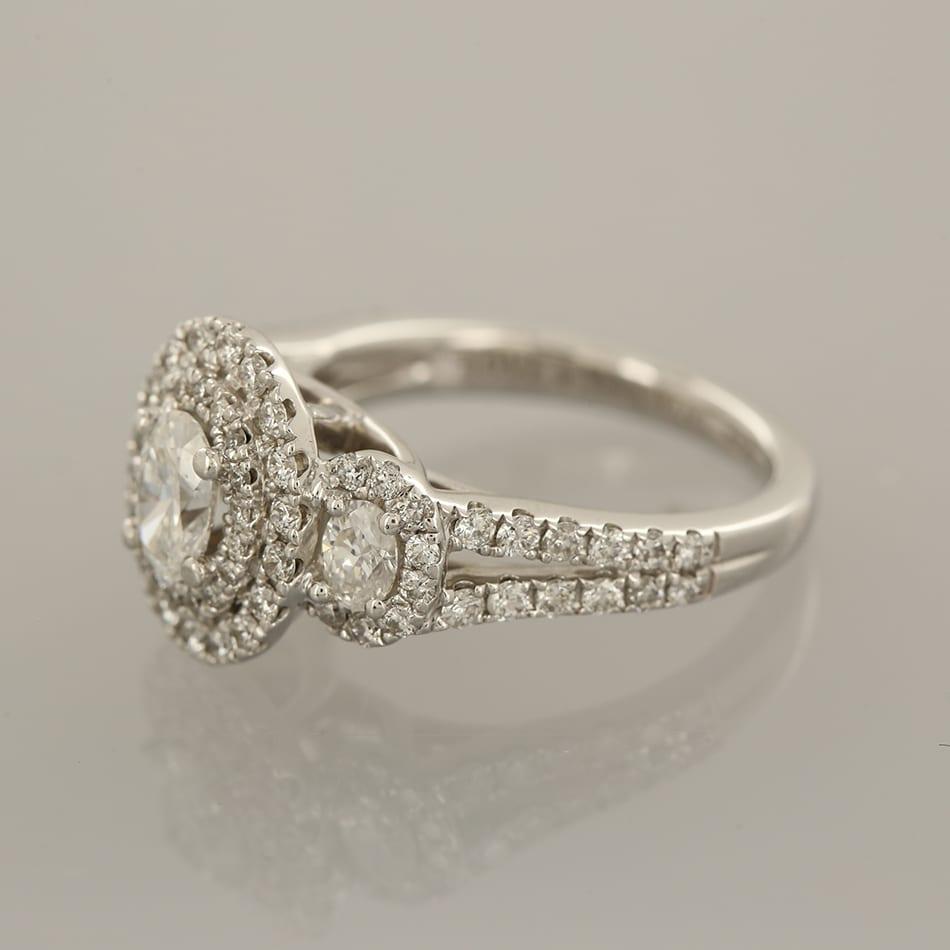 Vera Wang Diamond Engagement Ring The Vintage Jeweller