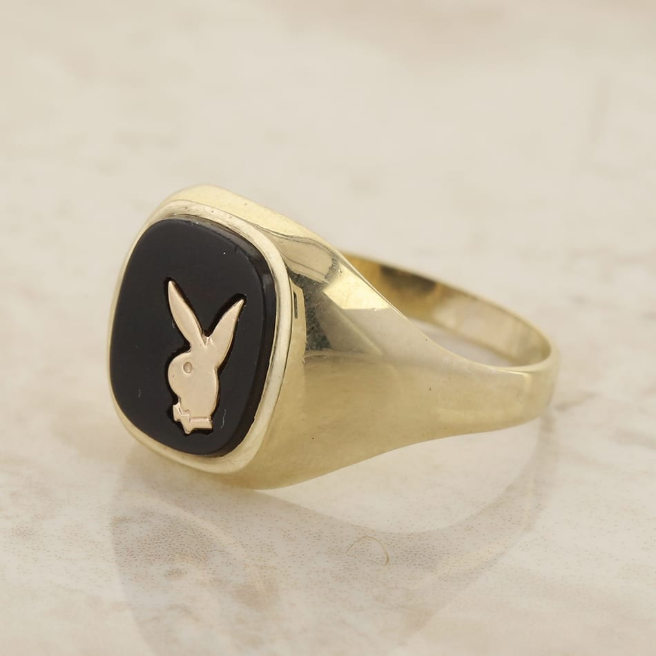 Fantastic Vintage Black Onyx Playboy Bunny Signet Ring - The Vintage Jeweller AP55